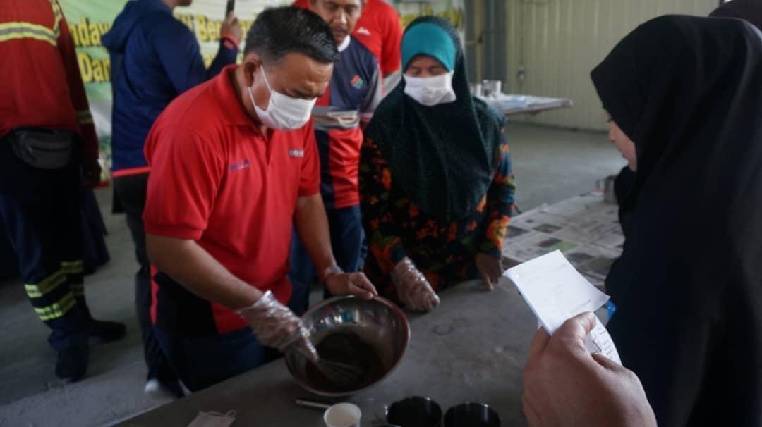 Taman Salak Jaya's Used Oil to Soaps Workshop
